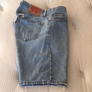 Men Levi's shorts jeans back holes size 30